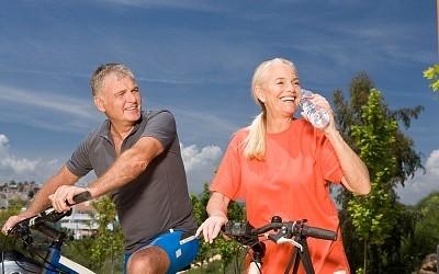 6 exercícios caseiros para a terceira idade