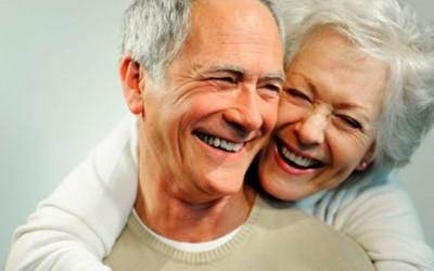 Cuidar dos dentes melhora saúde geral e traz longevidade