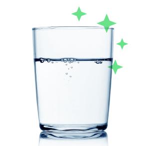 Beber líquido ao se usar placas no dente